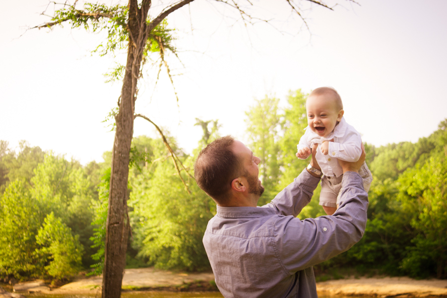 Simpsonville SC Baby Plan Photographer Daddy with Baby