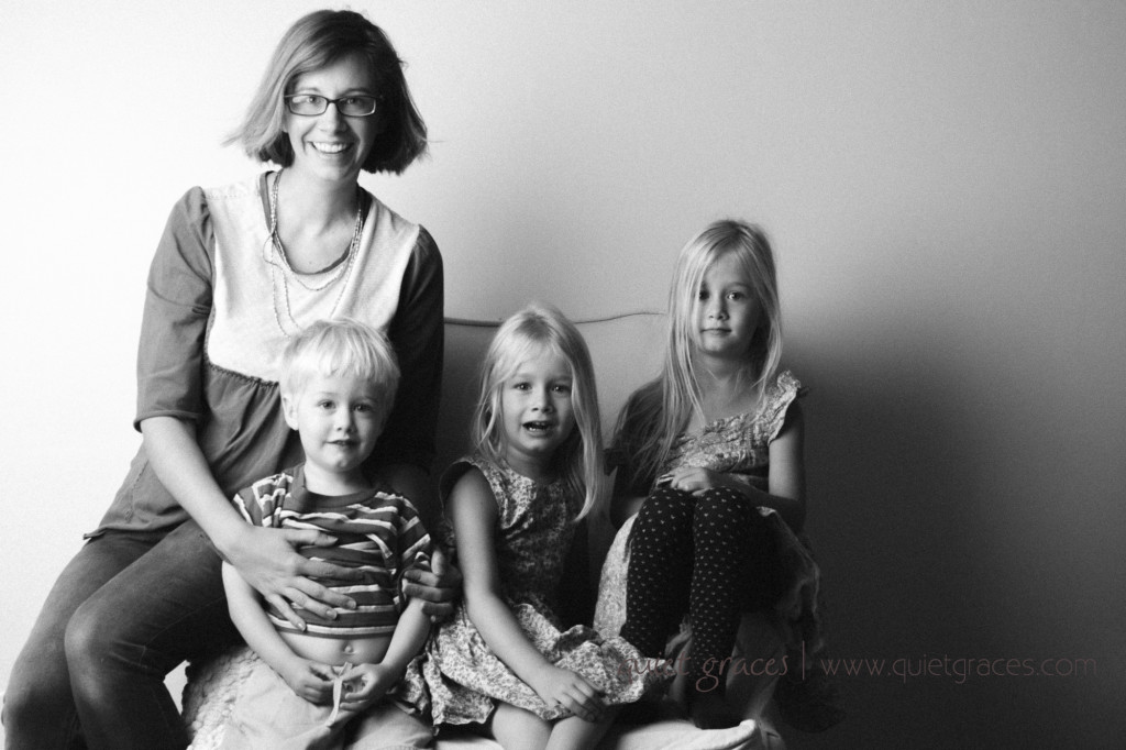 Greenville SC Baby Photographer Quiet Graces takes self portraits with her children