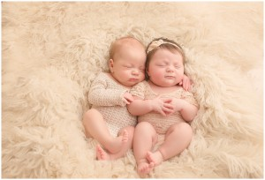 Simpsonville Twin Baby Pictures
