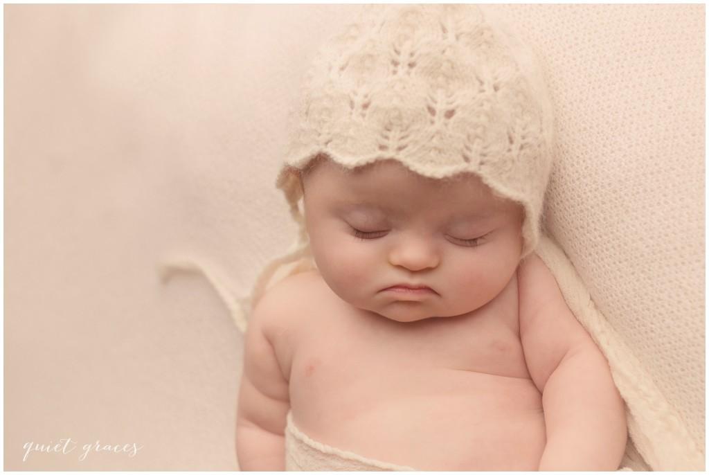 Baby in a bonnet photographer Greenville SC
