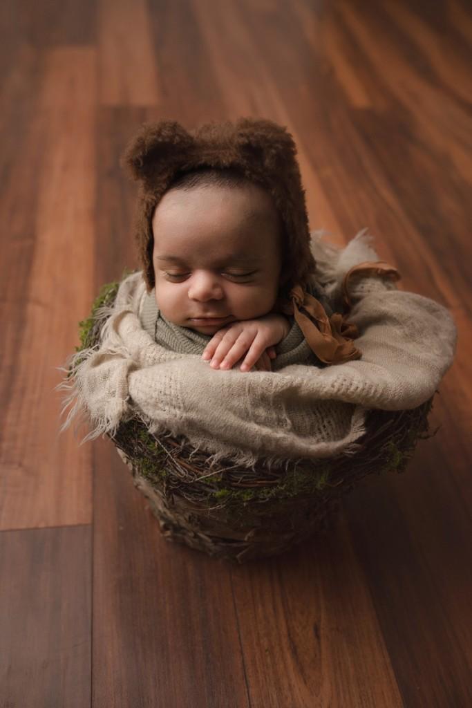 Newborn photographer Simpsonville SC Older Baby