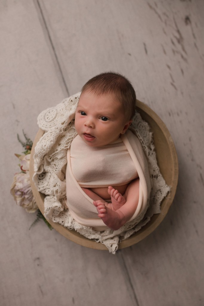 Newborn Baby in a Bowl Pictures Simpsonville SC