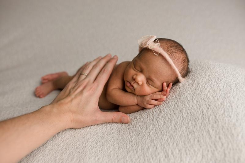 Tiny Preemie Newborn Pictures