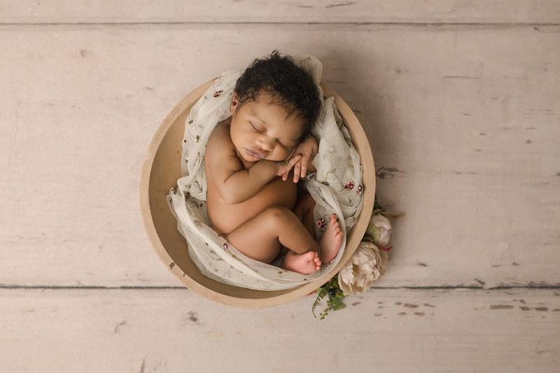 Greer SC Natural Simple Newborn Girl Photos