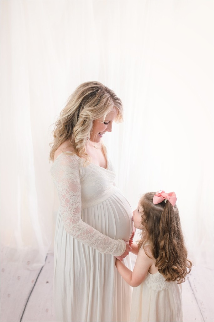 Timeless Taylors SC Studio Family Maternity Pictures