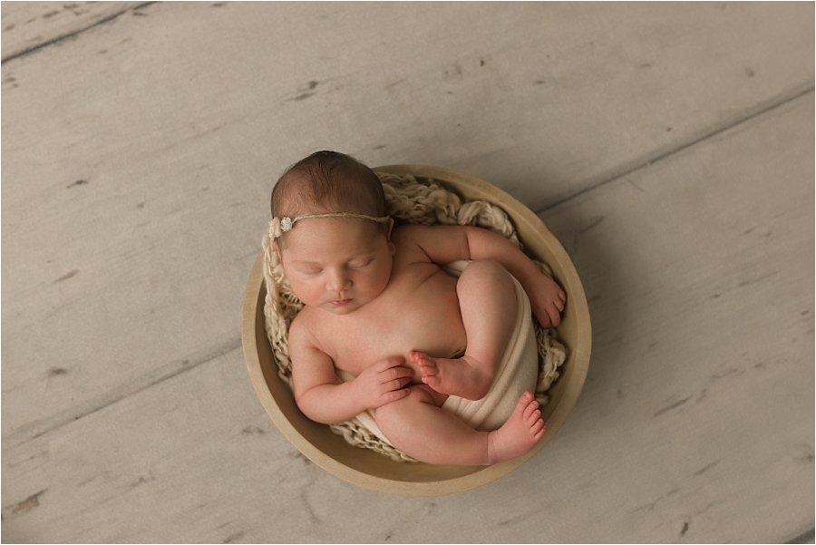 Natural Timeliess Simple Newborn Photographer Simpsonville SC