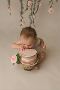 Simple Timeless One Year Cake Smash Photography Greenville SC